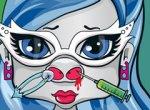 Bebê Ghoulia Yelps no Médico de Nariz